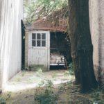 Koupit byt i s garáží? V důsledku předkupního práva to nemusí být úplně snadné…
